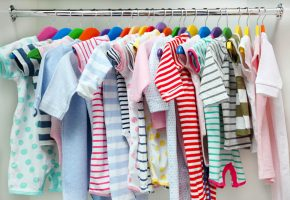 saiba-como-escolher-as-roupas-de-bebe-para-o-seu-filho.jpeg